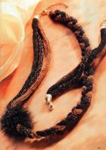 Как сделать колье и браслет из трех объемных плетеных шнуров